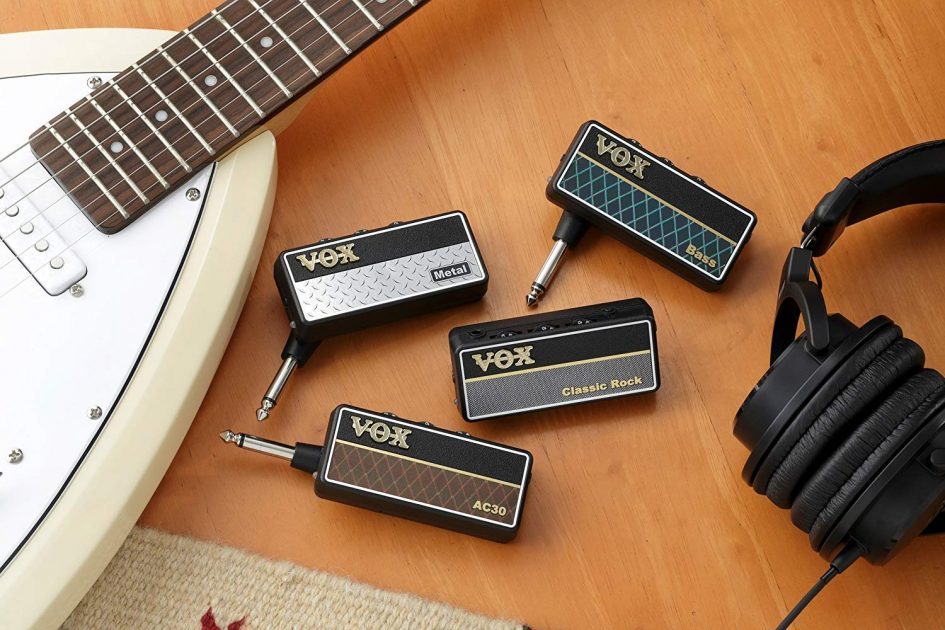 Guitar and Bass Headphone Amplifier by VOX - Assortment
